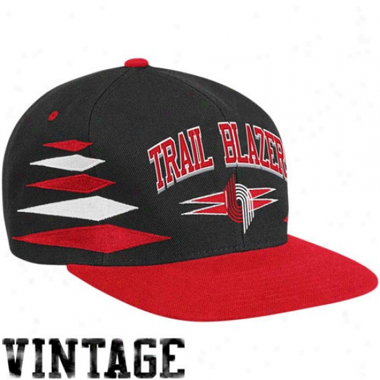 Mitchell & Ness Portland Trail Blazers Black-red Retro Diamond SnapbackA djustable Hat