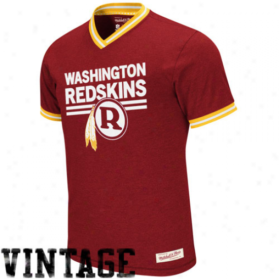 Mitchell & Ness Washington Redskins Off-season Vintage V-neck Heathered Reward T-shirt - Burgundy