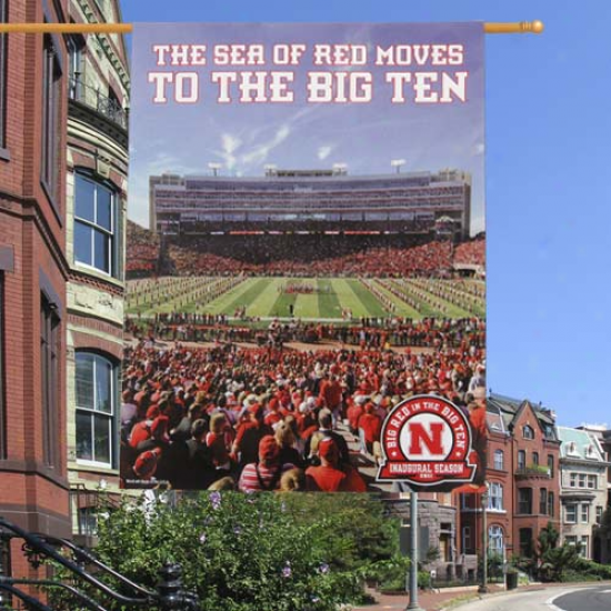 Nebraska Cornhuskers Sea Of Red 27'' X 37'' Vertical Banner