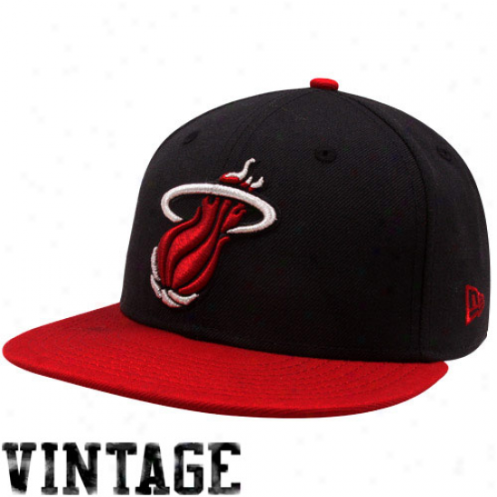 New Era Miami Heat Black-scarlet Metallic Logo 59fifty Fitted Hat