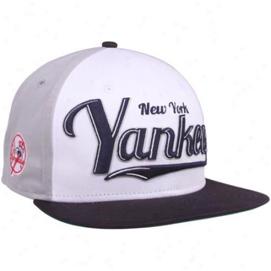 New Era Nwe Yirk Yankees White-navy Blue-gray 9fifty Script Wheel Snapback Adjustable Hat