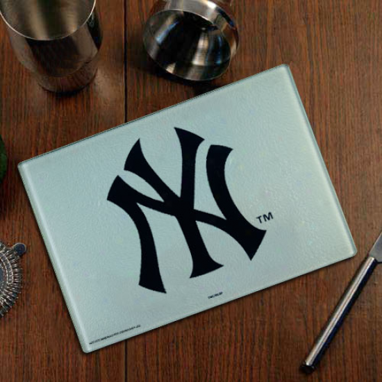 Novel York Yankees Logo Glass Cutting Board