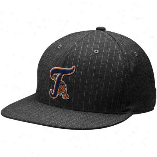 Nike Detroit Tigers Charcoal Pinstripe Swoosh Flex Unisex Hat