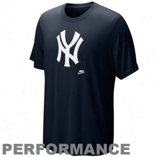 Nike New York Yankees Navyy Blue Dri-fit Legend Vintage Perfkrmance T-shirt