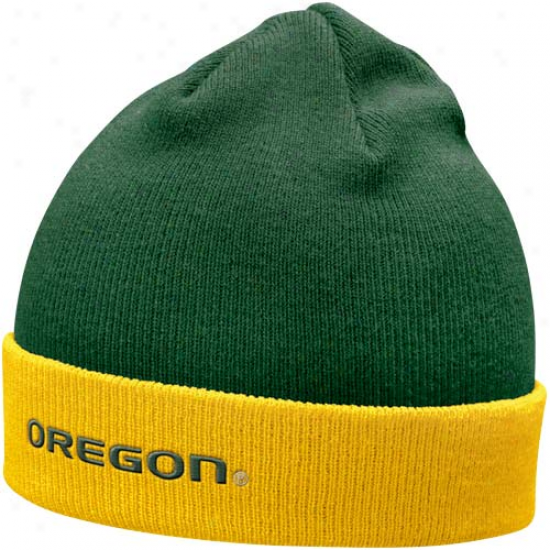 Nike Oregon Ducks Green-yellow Roll Top Knit Beanie