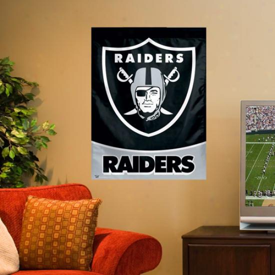 Oakland Raiders 27'' X 37'' Vertical Banner Flag