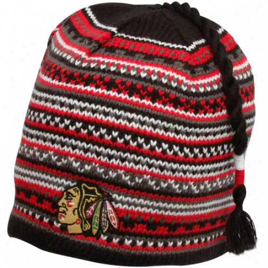 Reebok Chicago Blackhawks Black Northern Lights Tasel Knit Bdanie