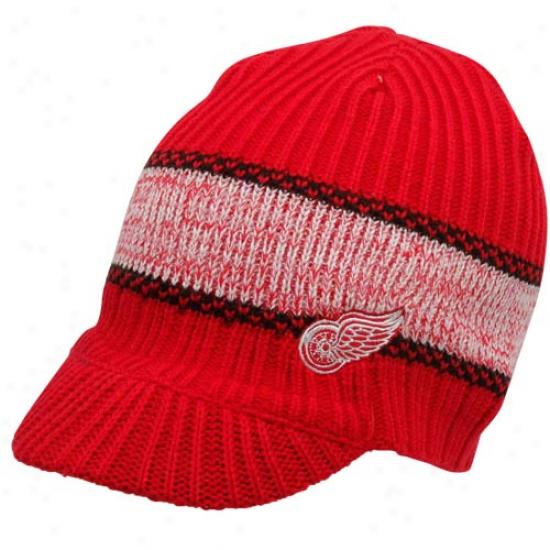 Reebok Detroit Red Wings Men's Striped Visor Beanie - Red