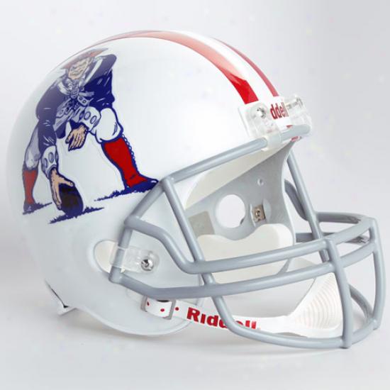Riddell Boston Patriots White 1961-1964 Throwback Replica Full-size Helmet