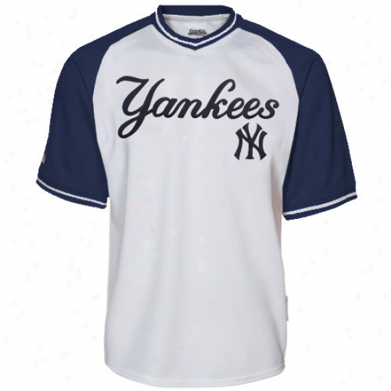 Stitches New York Yankees Mesh Pullover V-neck Jersey - White