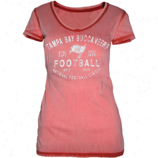 Tampa Bay Buccaneers Ladies Football Freeze Seam Wash Premium V-neck T-shirt - Red