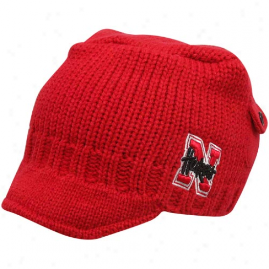 Top Of The World Nebraska Cornhuskers Youth Scarlet Bobby Cable Knit Beanie