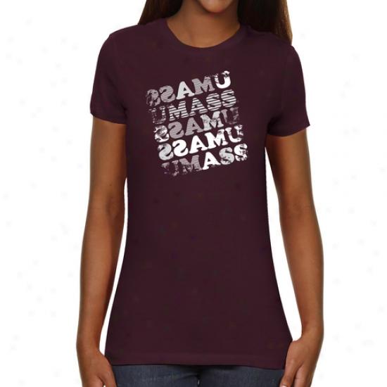 Umass Minutemen Ladies Crossw0rd Slim Fit T-shirt - Maroon