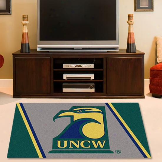 Unc Wilmington Seahawks 2'8'' X 3'10'' Collegiate Rug