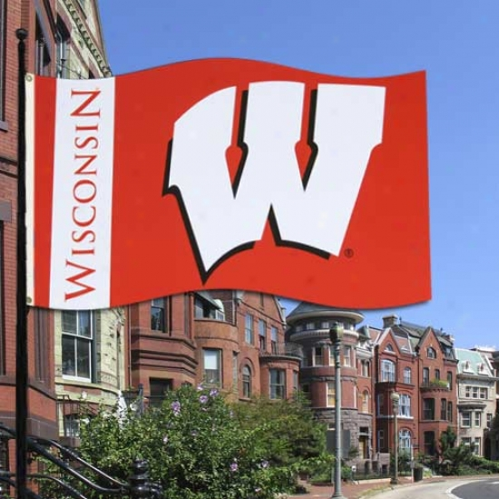 Wisconsin Badgers 3'x5' Collegiate Flag