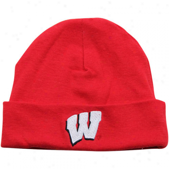 Wisconsin Badgers Babe Cardinal Grave Ski-knit Beanie
