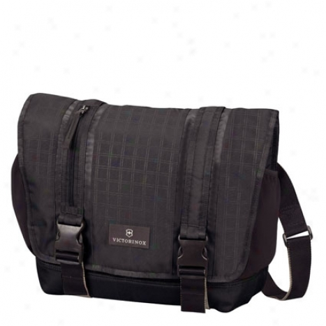 Altmont Laptop Messenger By Victorinox - Black